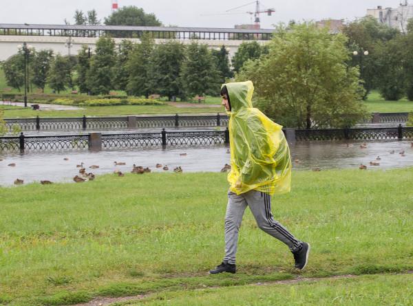 Июльские ливни: на Москву обрушился сильный циклон