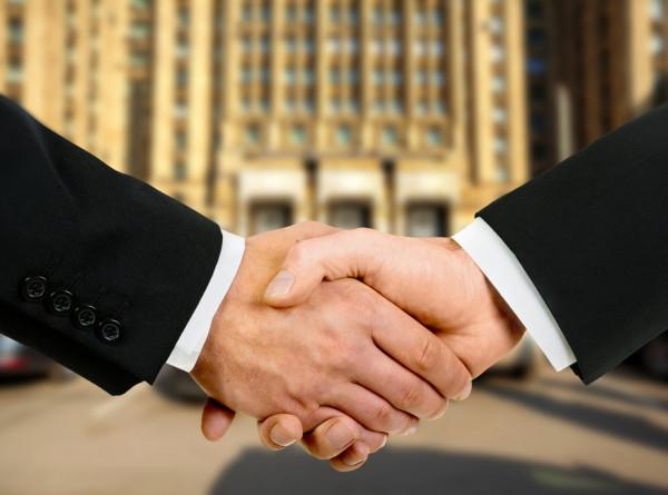 Глава правительства Кыргызстана провел переговоры с премьером Южной Кореи