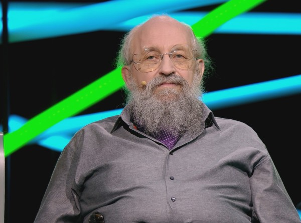 Анатолий Вассерман – о женщинах, интернете и уровне IQ