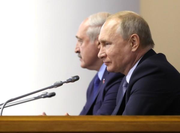 Путин и Лукашенко договорились снять вопросы по Союзному государству