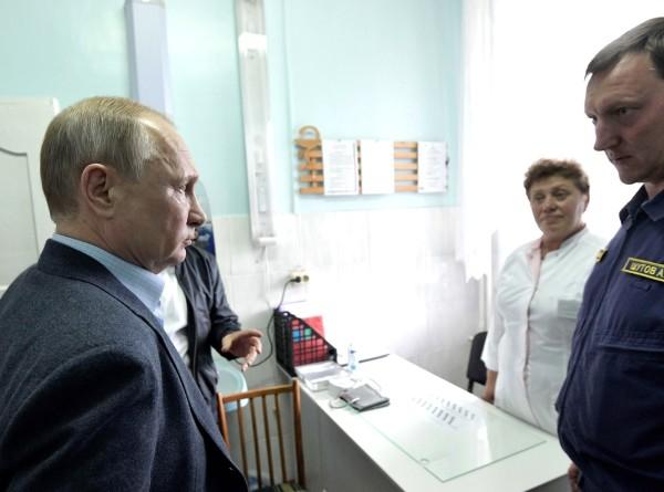 Путин прибыл в Приангарье и пообщался с пострадавшими от наводнения (ФОТО)