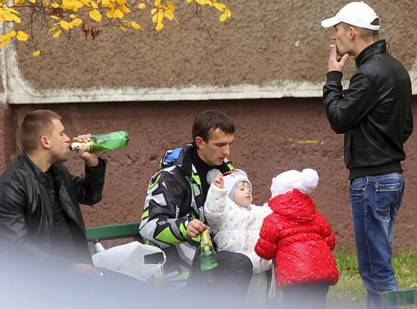 «Дети в зоне риска»: что такое пассивный алкоголизм и как от него уберечься