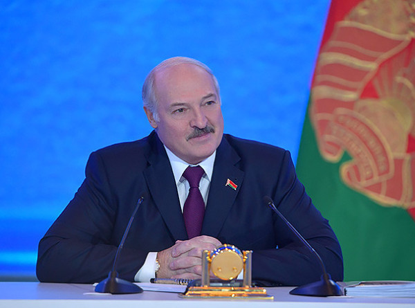 Лукашенко подтвердил участие в Форуме регионов Украины и Беларуси