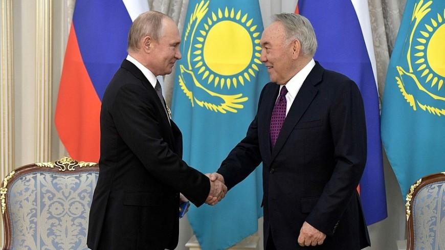 Путин поздравил Назарбаева с днем рождения