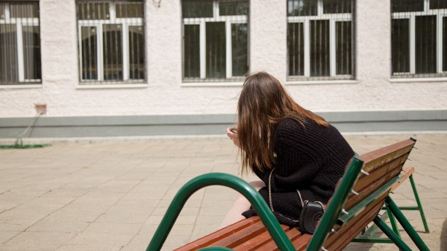 """Фото: Мария Андросова (МТРК «Мир») """"«Мир 24»"""":http://mir24.tv/, девушка, егэ, экзамен, экзамены, школа, школьники, люди"""