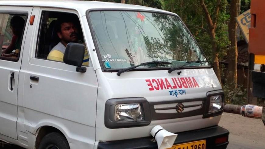 Автобус в Индии сорвался в ущелье: 35 погибших