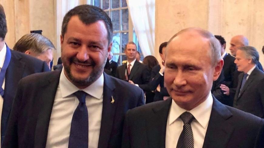 Глава МИД Италии опубликовал в соцсети снимки с Путиным