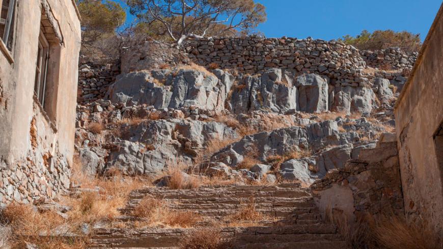 """Фото: Светлана Родина, """"«МИР 24»"""":http://mir24.tv/, спиналонга, археология, раскопки, крепость"""