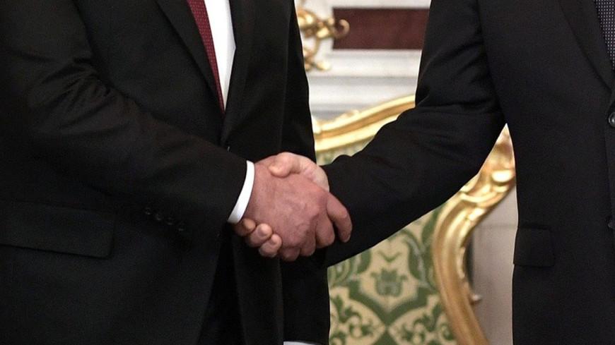 "Фото: ""Сайт президента РФ"":http://kremlin.ru/, рукопожатие"