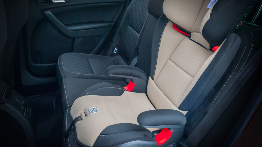 В США в машине на жаре погибли годовалые близнецы
