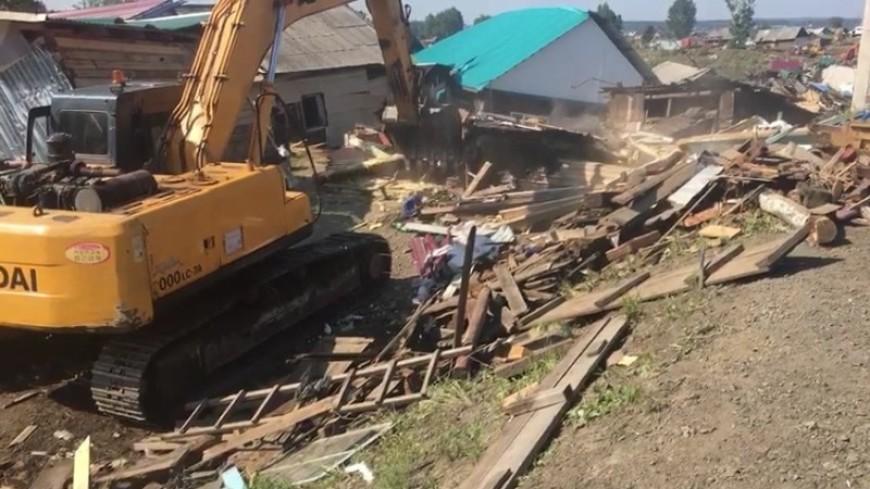 Военные усилили группировку в районе наводнения в Иркутской области