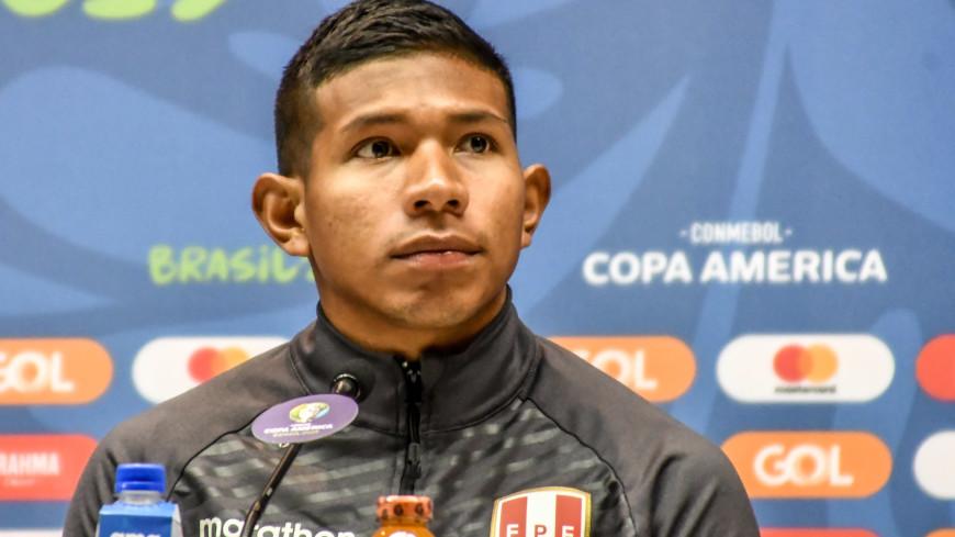 СМИ: «Локомотив» положил глаз на перуанского форварда Эдисона Флореса
