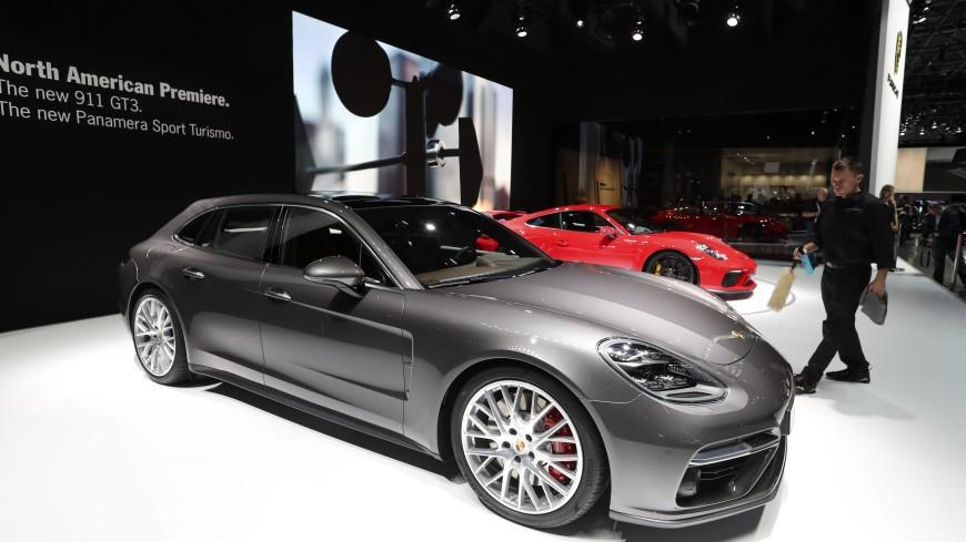 Porsche отзовет в России более 2 тыс. машин Panamera