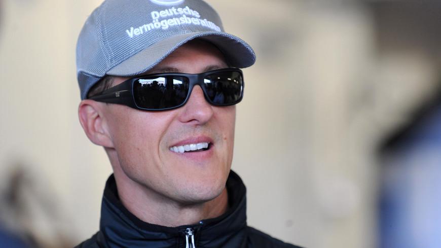 Михаэль Шумахер чувствует себя лучше и смотрит «Формулу-1»