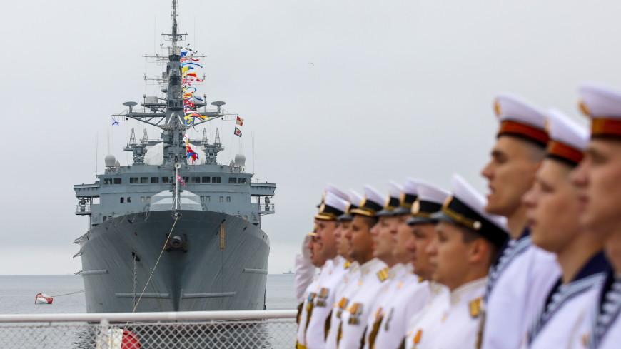 Россия отмечает День Военно-морского флота