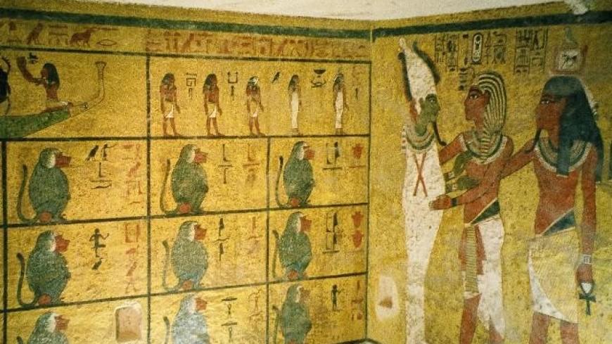 Ученые отреставрируют уникальный позолоченный саркофаг Тутанхамона