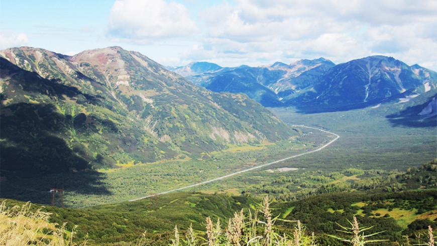 На Камчатке вездеход с геологами упал в ущелье: есть погибшие