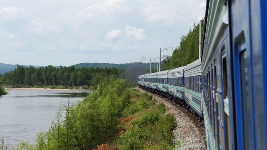 К 45-летию БАМа: по новому мосту через Лену пошли поезда