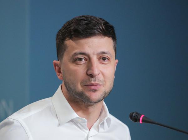 Зеленский исключил объявление дефолта на Украине