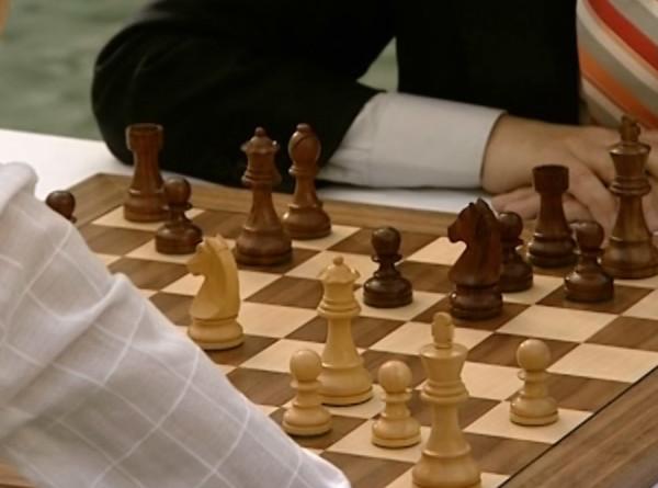 Школьница из Таджикистана впервые стала чемпионкой мира по шахматам