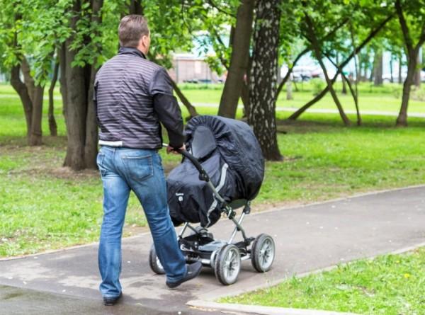 «Я папа»: в России появилась первая онлайн-энциклопедия для отцов
