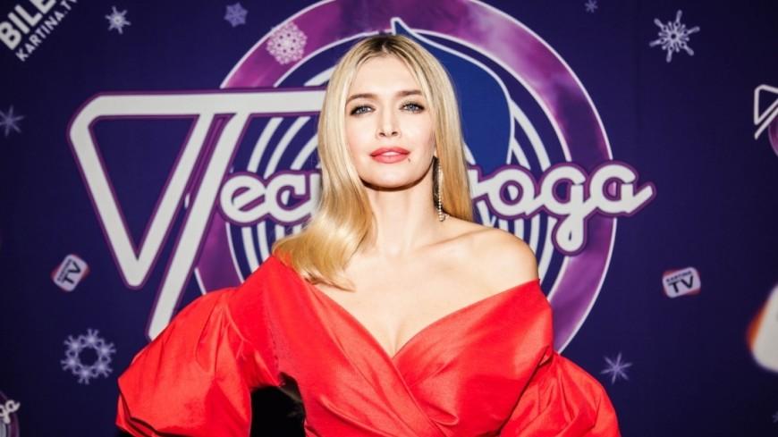Участник фестиваля Песня года 2017 певица Вера Брежнева