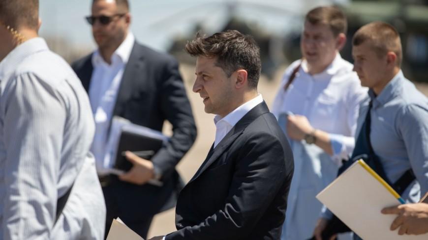Зеленский предложил Раде кандидатуры премьера, глав Минобороны и МИД