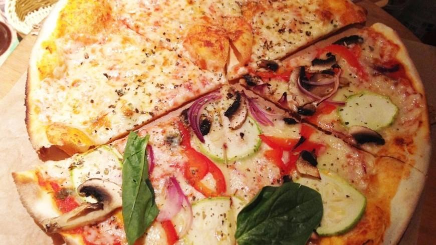 Чипсы и пиццу назвали опасной для мужчин