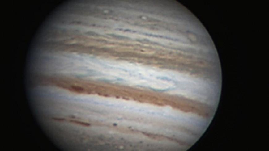 Жители Тюмени и Кирова смогут увидеть сближение Луны с Юпитером
