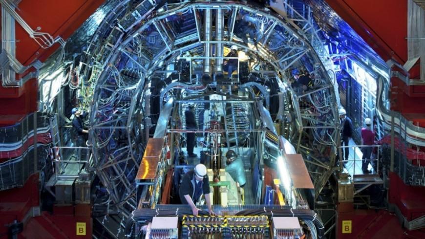 Мажилис Казахстана одобрил ратификацию соглашения с ЦЕРН