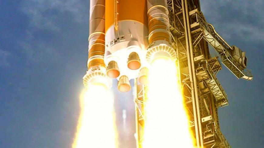 Китайцы впервые запустят ракету с морского космодрома