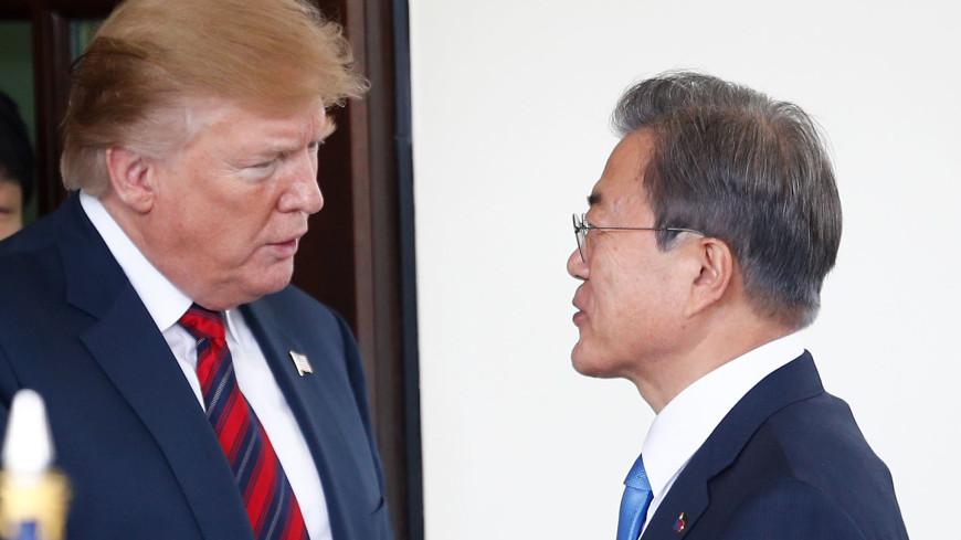 Трамп и Мун Чжэ Ин осмотрели позиции КНДР с наблюдательного пункта