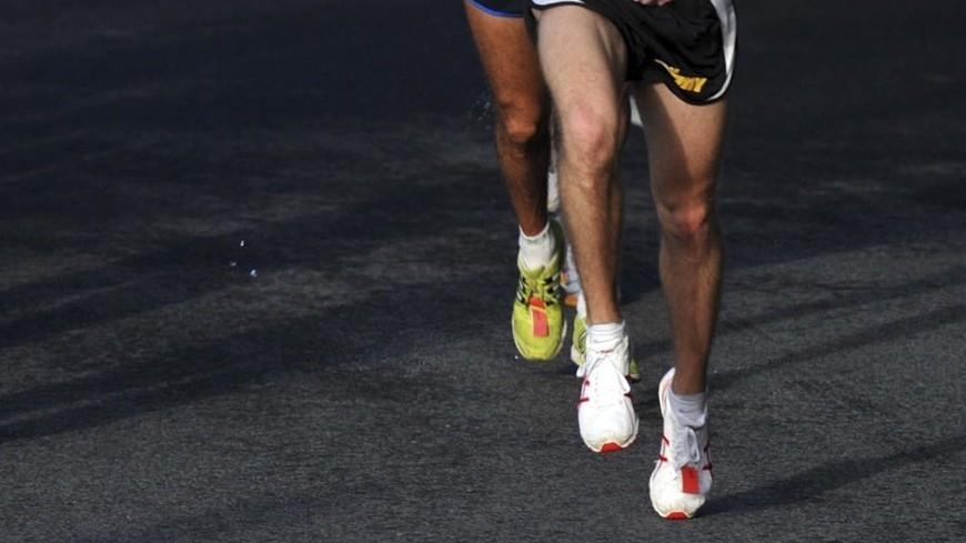 Невероятная победа: российский бегун упал на финише и выиграл дистанцию