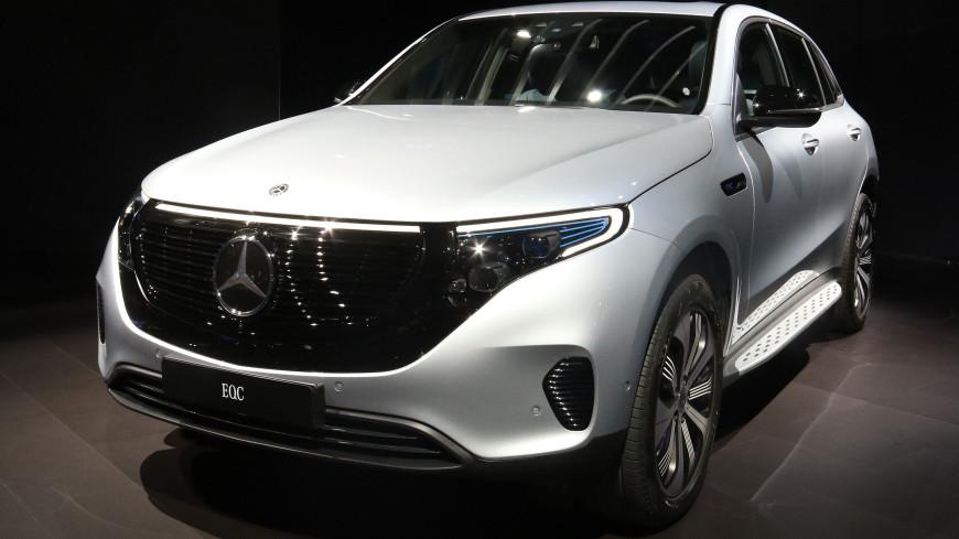 На ПМЭФ покажут электрический кроссовер Mercedes-Benz EQC
