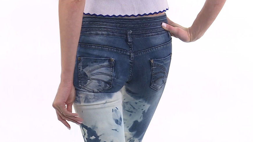 Лайфхак: Надоели старые джинсы? Сварите их!
