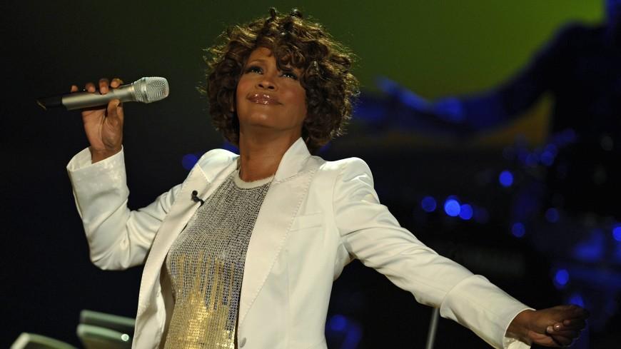 Новая песня Уитни Хьюстон выпущена спустя 7 лет после ее смерти