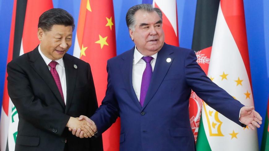 Таджикистан и Китай подписали 15 документов о сотрудничестве