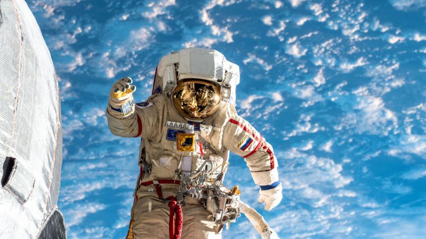 Каких берут в космонавты: Роскосмос объявил новый набор в отряд