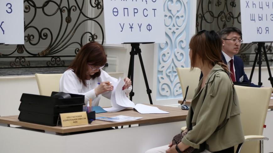 ЦИК Казахстана: явка на выборах к 11:00 мск составила 51,8%