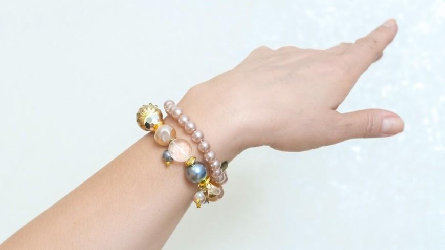 Изобретен браслет, помогающий отследить эмоциональный фон