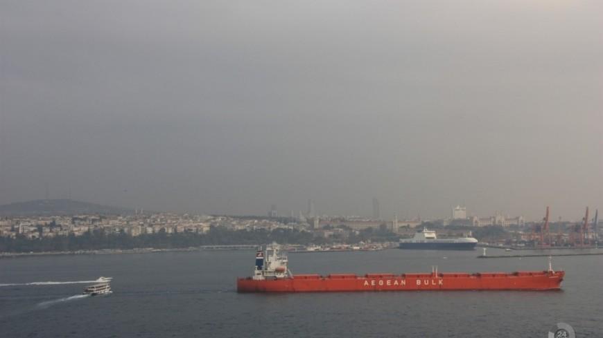 """Фото: Мария Чегляева, """"«МИР 24»"""":http://mir24.tv/, пассажирский теплоход, теплоход, корабль, судно, пираты, сухогруз"""