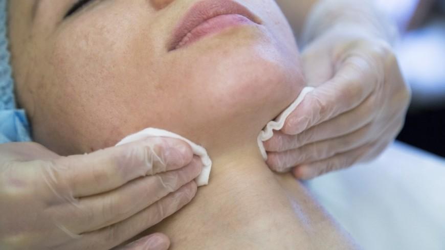 Названы продукты, негативно влияющие на состояние кожи лица
