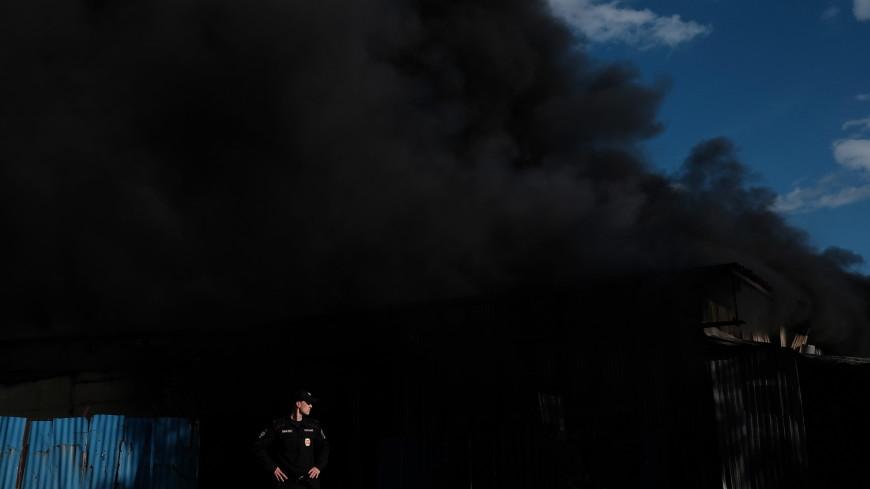 Пожар  в цехе лакокрасочных материалов в Екатеринбурге потушен