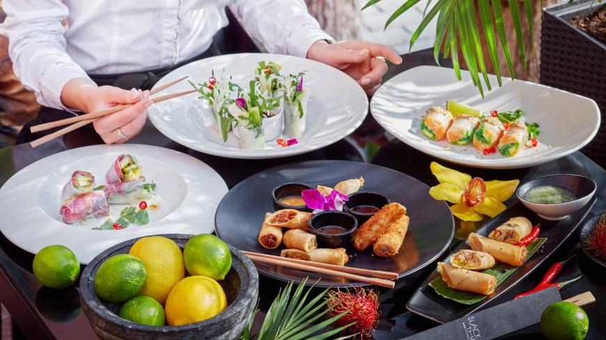 Тако, роллы, тапас и другая летняя еда с зеленью, овощами и ягодами. РЕЦЕПТЫ
