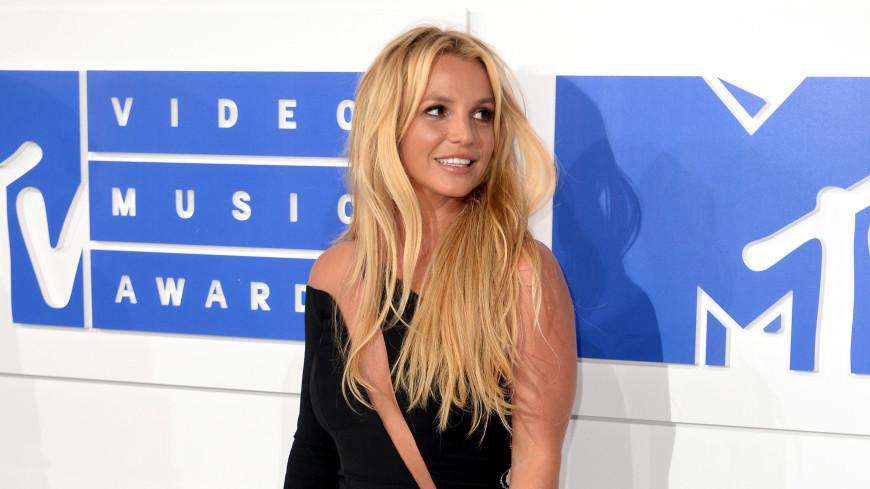 Бритни Спирс возмутилась из-за своих «толстых» фотографий