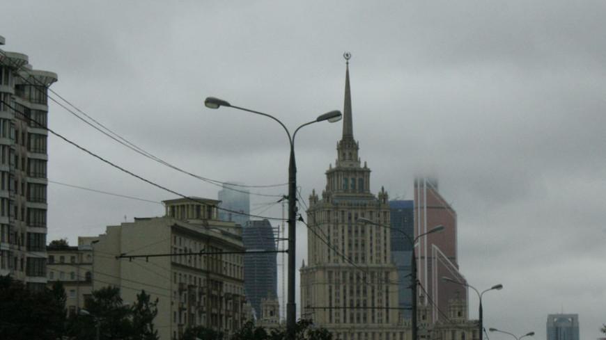"""Фото: Елена Андреева """"«Мир24»"""":http://mir24.tv/, гостиница украина, москва-сити"""