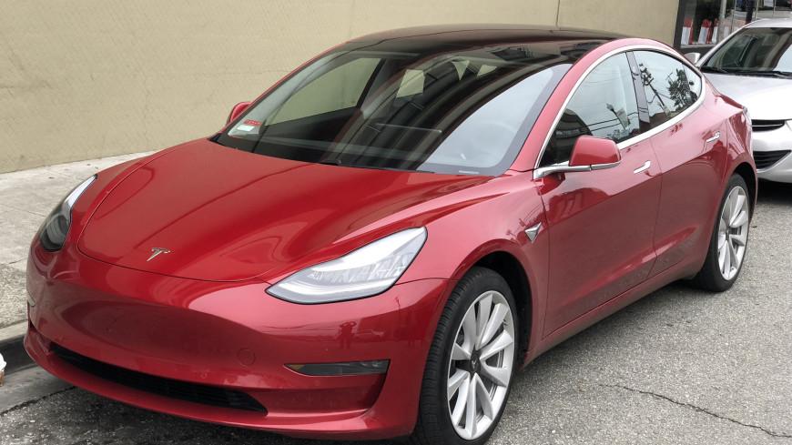 Tesla официально запустила продажи подержанных Model 3