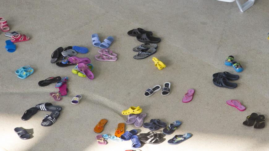 Сланцы признали опасной для здоровья обувью