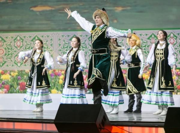 Пир горой: в Таджикистане накрывают столы к Наврузу