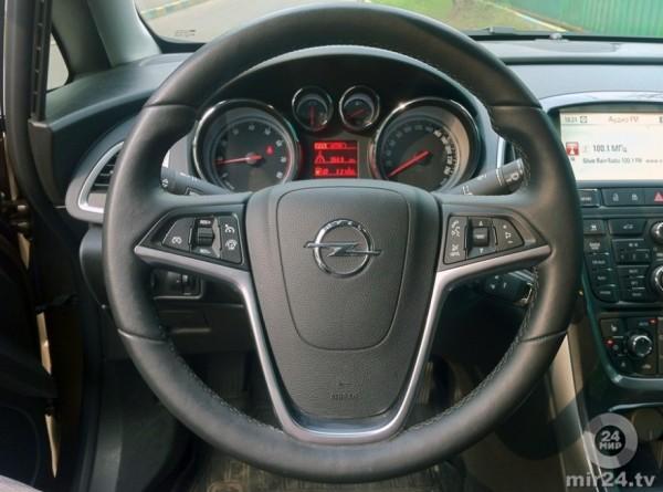 PSA привезет в Россию новинки от Opel